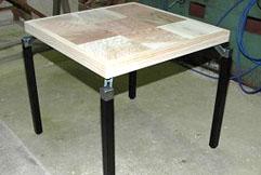 多摩産材杉パズル型ティーテーブル
